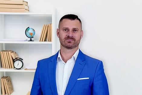 Szabó István tulajdonos és ügyvezető